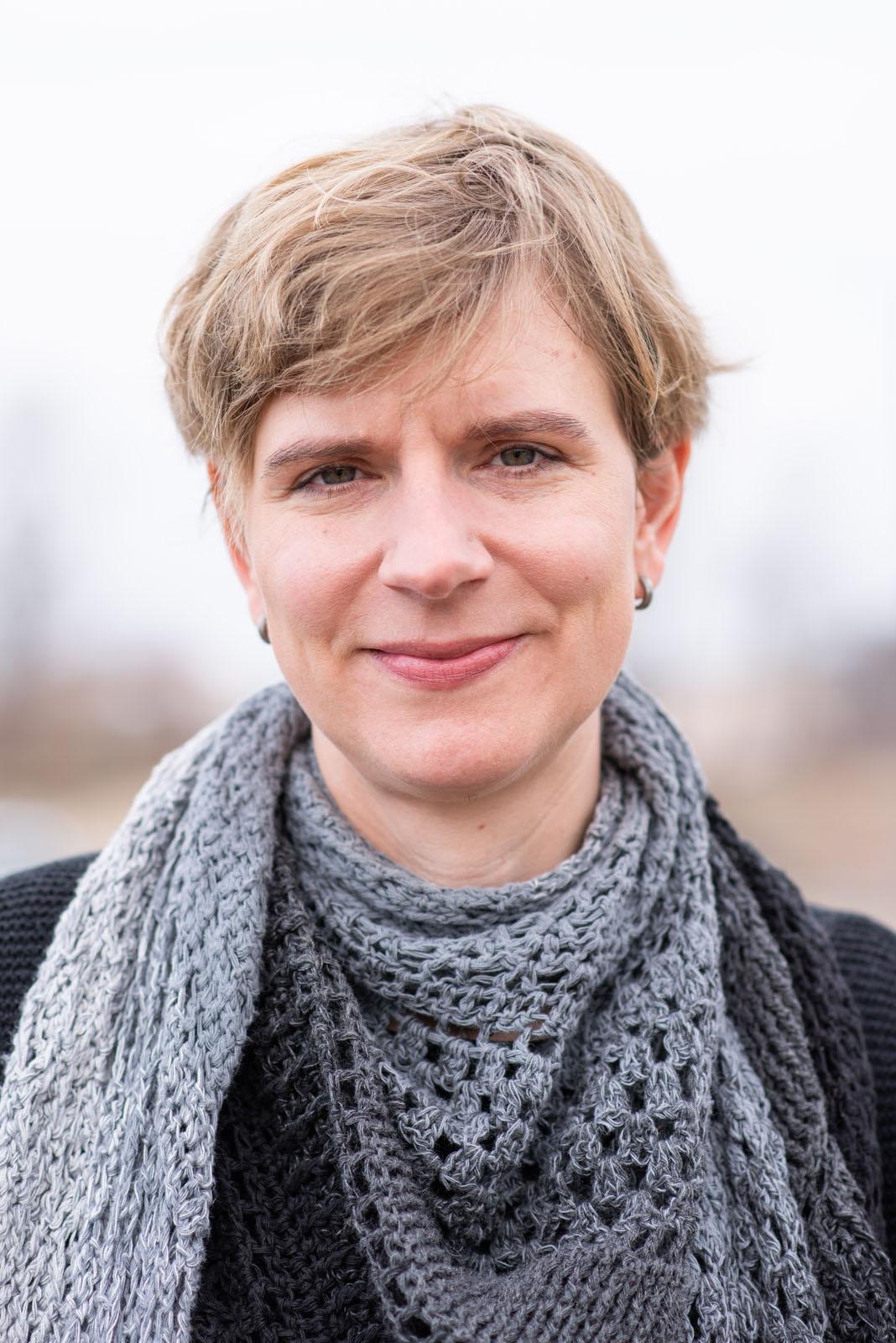 Sonja Harter